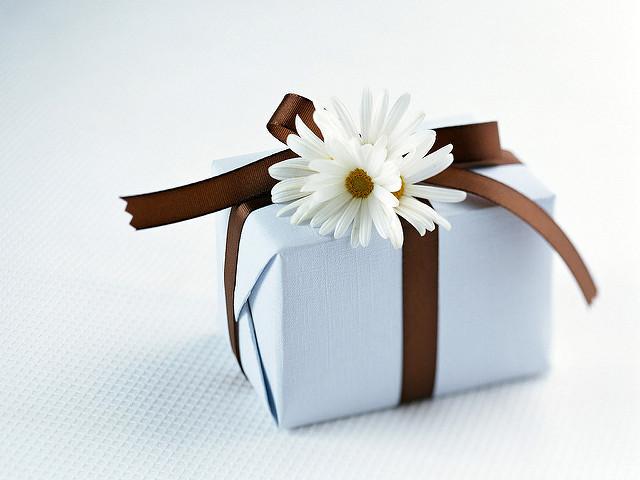 初任給 プレゼント 母